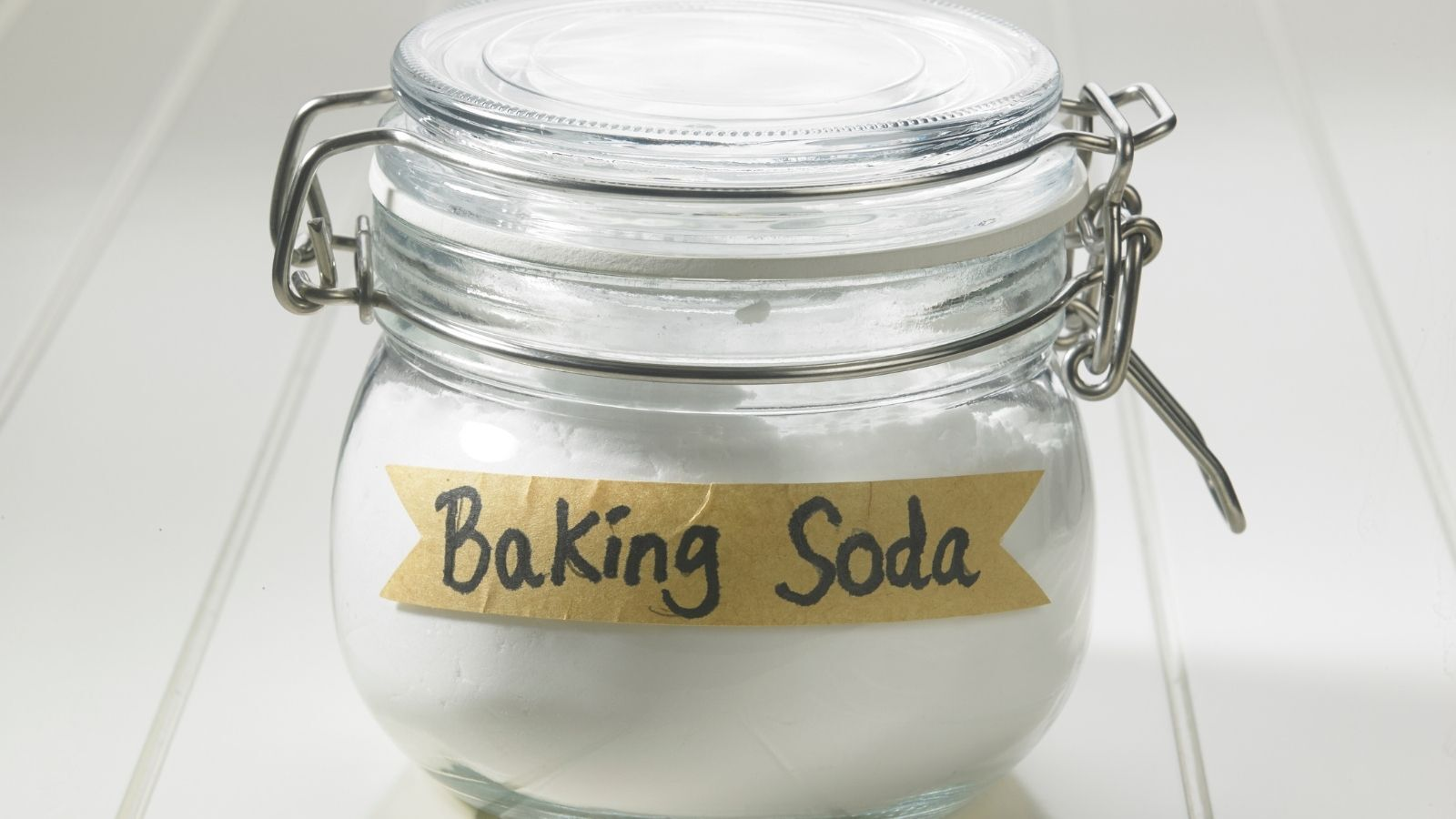 Baking Soda Remove Smoke Smell From Surfaces