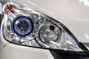 Use Toothpaste To Clean Your Headlights Car Lover Tips