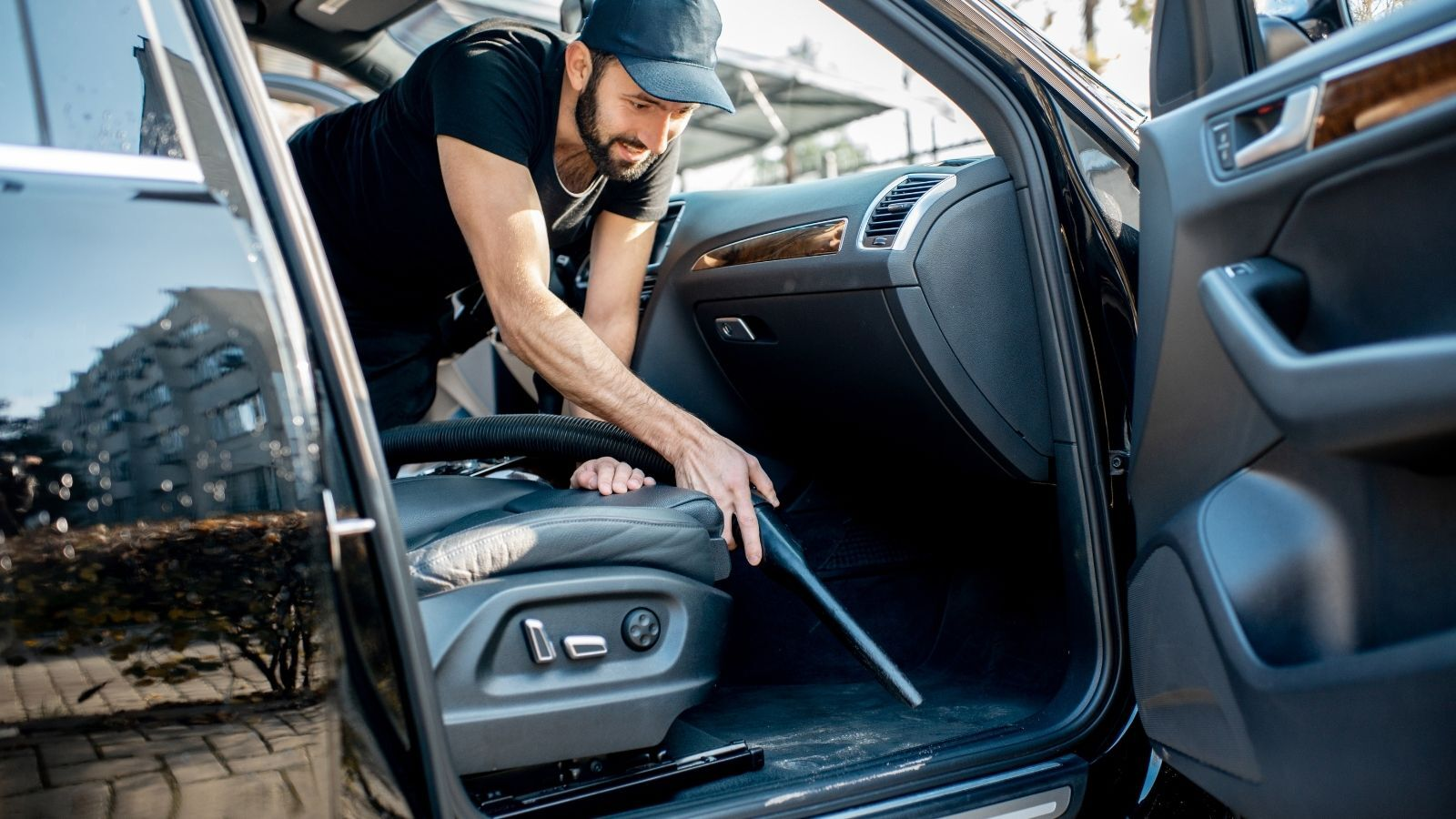 Vacuum The Car to Remove Smoke Smell